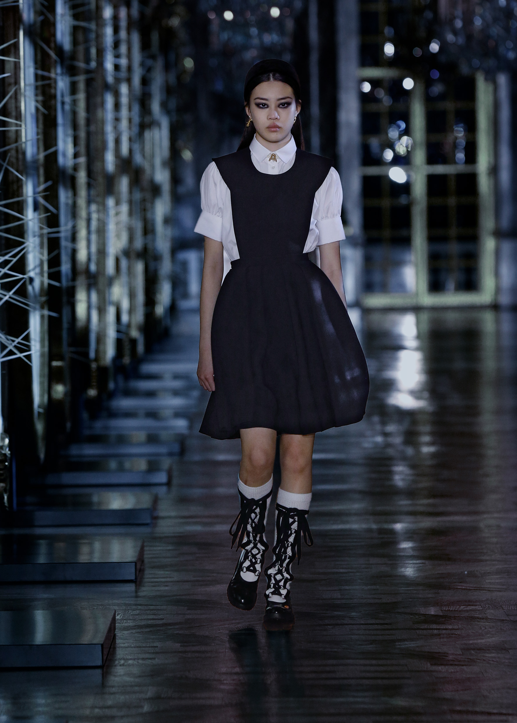 Maria Grazia Chiuri explores the world of fairy tales for Dior's new collection (фото 1)