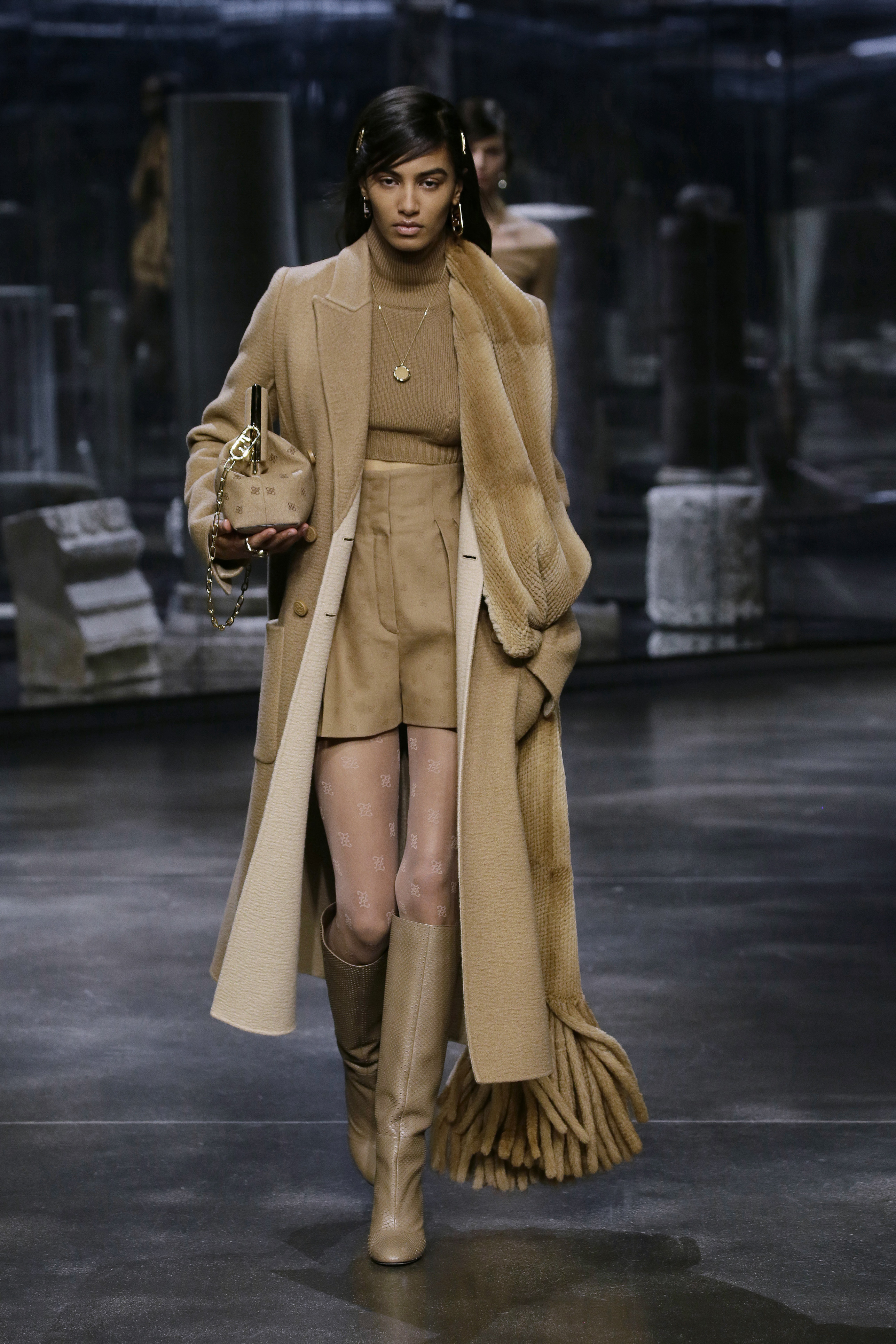 Kim Jones crafts a very wearable collection for Fendi (фото 3)