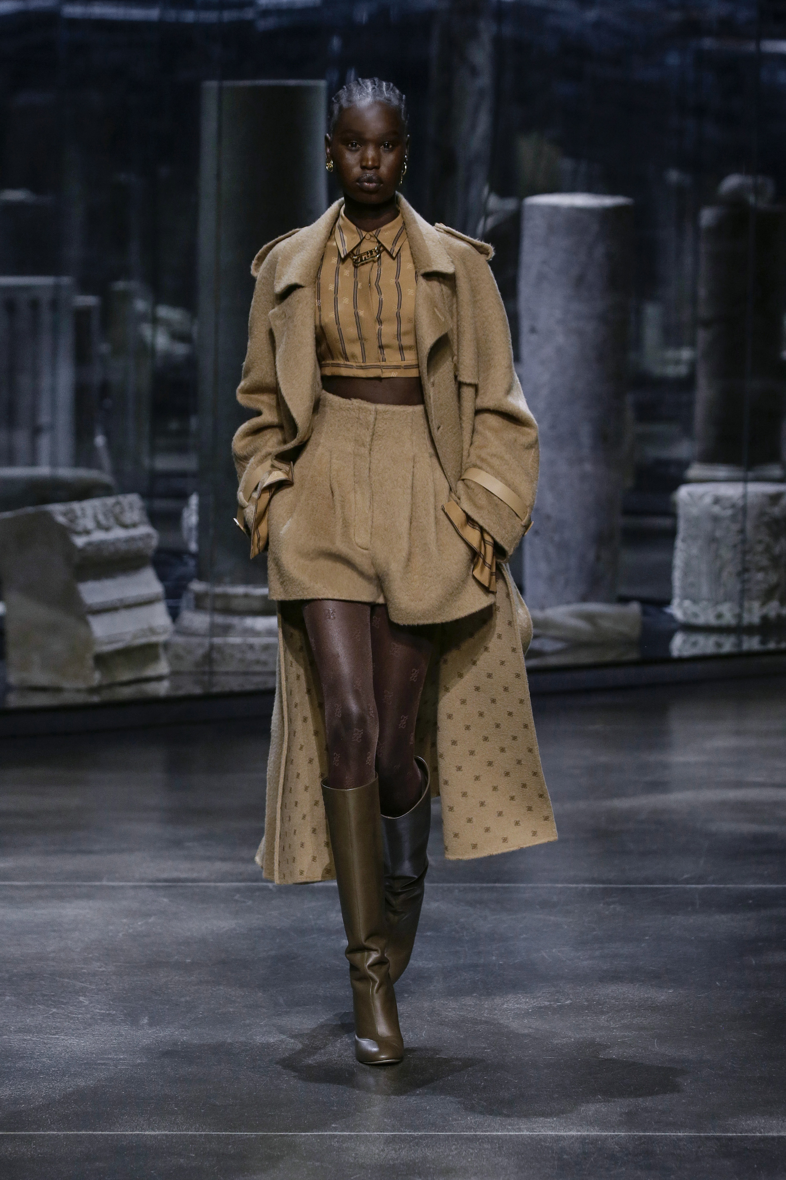 Kim Jones crafts a very wearable collection for Fendi (фото 6)