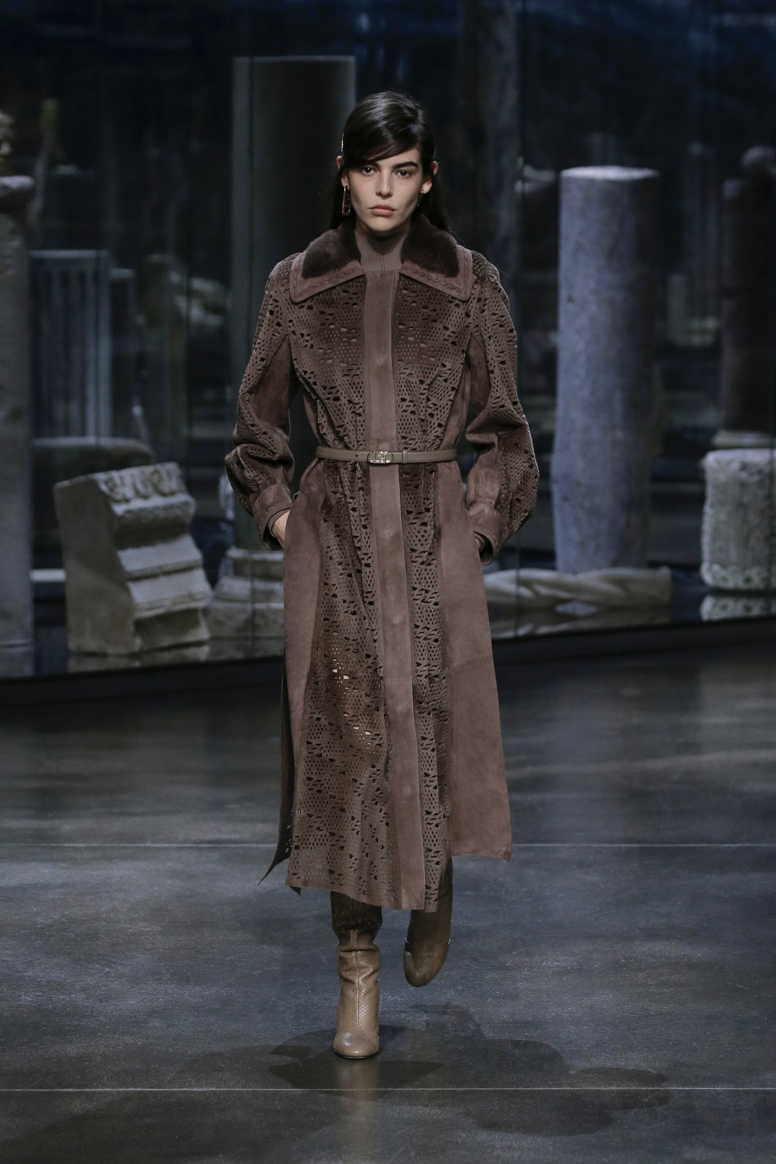 Kim Jones crafts a very wearable collection for Fendi (фото 10)