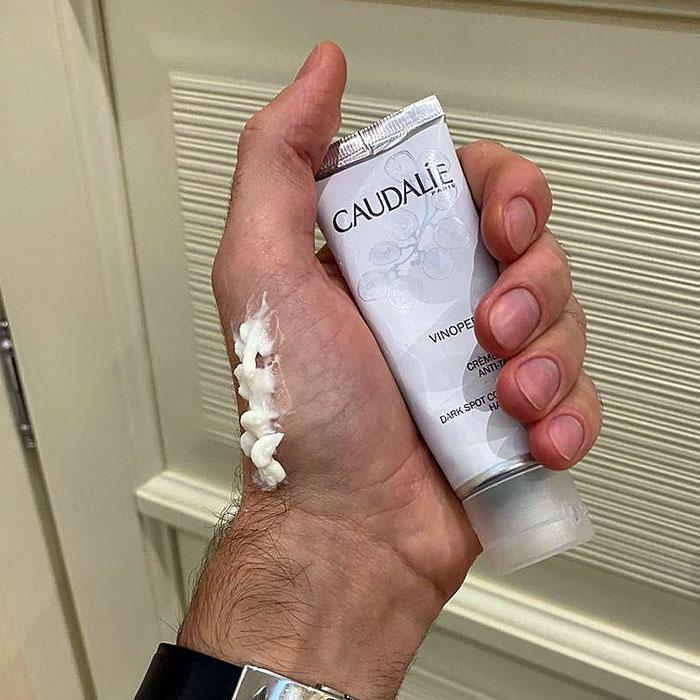 Крем для рук выравнивающий тон Caudalie Vinoperfect отзыв