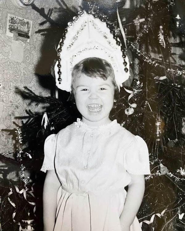 Ольга Сергодеева в детстве